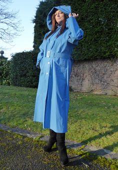 Cool and comfortable soft rainwear for outdoor ladies Any length up to Mackintosh Raincoat, Blue Raincoat, Rubber Raincoats, Clothing Hacks, Rain Wear, Women Wear, Lady, Hamilton, How To Wear