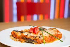 Lilkové lasagne s mozarellou / Eggplant lasagna with mozzarella Eggplant Lasagna, Sweet And Salty, Healthy Options, Mozzarella, Ground Beef, Quiche, Lose Weight, Vegetarian, Pasta