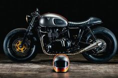 'FAT', is the firstword that cameto mind when I first saw Shaun at Down & Outs new ride, a build which I received the odd updates onwhen it was beingput together at the Down & Out workshop in Barnsley, which is just north of SheffieldUK. Like some of the other well established builders of Triumph …