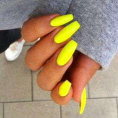 37 Random Nails To Fall In Love With - BestNailArt.com