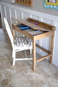 Woodworking Projects Log DIY School Desk - The Creative Mom.Woodworking Projects Log DIY School Desk - The Creative Mom Boys Desk, Kid Desk, Small Kids Desk, Simple Desk, School Desks, Kids Wood, Diy For Kids, Crafts For Kids, Diy School