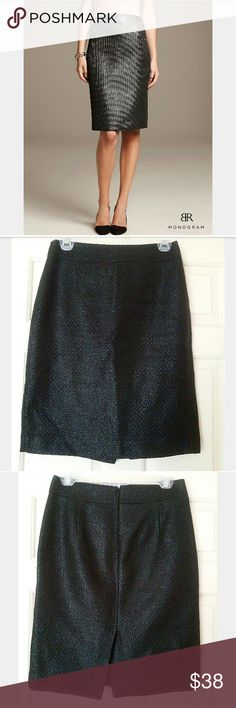 Banana Republic Black Jacquard Pencil Skirt ✳Banana Republic ✳Jacquard Pencil Skirt ✳Woven appearance with a metallic shine ✳Slight pleated upper front and back ✳Wide waistband ✳Enclosed back zipper and eye hook closure ✳Split at back of skirt ✳Fully lined ✳Excellent used condition.  Worn a few times. No damage. ✳Size 2. (I normally wear a size 4 and this fit me well) ✳Great for the office or a date night!  Stock photo similar in style and pattern.   ☑OFFERS WELCOMED☑ ☑BUNDLE and SAVE☑…