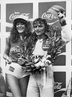 Rene Arnoux (Brazil by on deviantART Renault Formula 1, Brazilian Grand Prix, Nico Rosberg, Gilles Villeneuve, Racing Events, F1 Drivers, Grid Girls, F1 Racing, Vintage Racing