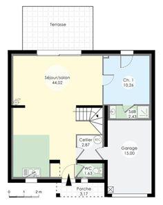 Le plan du rez de chaussée nous montre un immense salon avec sa cuisine ouverte, une chambre parentale, un cellier, un wc et un garage.