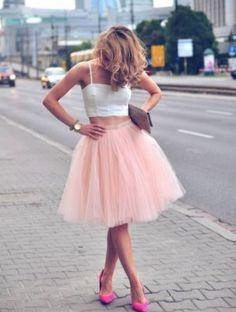 チュールスカートの可愛いコーデ画像集❤お手本は #海外セレブ & #ストリートスナップ ♡ | まとめアットウィキ - スマートフォン