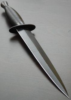sykes fairbairn knife