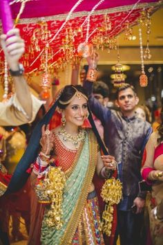 From Drab to Fab: Everything You Can Possibly Add To Your Bridal Dupatta To Make It One-Of-A-Kind!   WedMeGood - Best Indian Wedding Blog for Planning & Ideas.