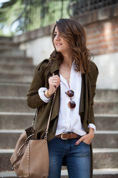Fall / Winter - street chic style - oversized white shirt + brown sunglasses + brown belt + nude handbag + dark denim skinnies + military green jacket