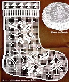 Ideas Knitting Charts Patterns Christmas Stockings For 2019 Filet Crochet Charts, Crochet Motifs, Crochet Diagram, Thread Crochet, Love Crochet, Crochet Doilies, Crochet Patterns, Knitting Charts, Crochet Christmas Ornaments