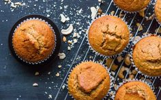 Baked oatmeal muffins