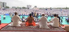 Lakhs of Yogis joined Baba Ramdev at GMDC ground in  Ahmedabad for #IDY2017