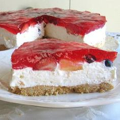 Gelatin-Topped No-Bake Cheesecake - © Barbara Rolek licensed to About.com, Inc.