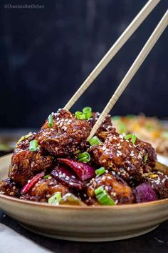 Gobi Manchurian is a popular Indo-Chinese recipe made of crispy cauliflower florets coated in the spicy, sweet, and tangy Manchurian sauce! It can be served as an appetizer or side with some noodles and fried rice. #indochinese #manchurian #cauliflower #vegan #appetizer Indo Chinese Recipes, Indian Food Recipes, Ethnic Recipes, Vegetable Noodles, Vegetable Dishes, Cauliflower Manchurian, Kitchen Recipes, Cooking Recipes, Gobi Manchurian