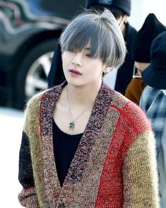 "- BTS 방탄소년단 V (@taehyungarmy) en Instagram: ""171114 Incheon Airport __ © 비소리 #taehyung #bts"""