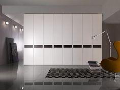 Design Cromatico: I 7 Colori del Momento http://www.differentdesign.it/2014/06/02/design-cromatico-i-7-colori-momento/ Le nostre #case vivono di #luce e #colore, che caricano di atmosfera e stile ogni #stanza. Scegliere con cura il #colore giusto per una parete, per un tavolino o per una #lampada è fondamentale.