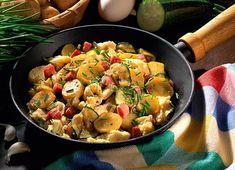 Kartoffelpfanne mit Rührei und Zucchini Rezept | LECKER