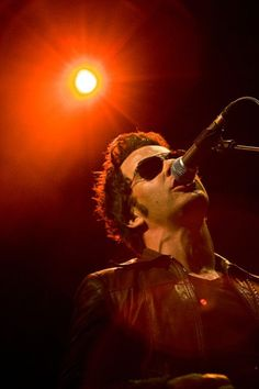 Kelly Jones - The Stereophonics Music Like, My Music, Great Bands, Cool Bands, Hooked On Phonics, Find A Song, Rocker Chick, Music Photo, Cool Posters