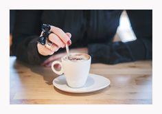 Coffee at Books & Brunch - © Silvie Bonne