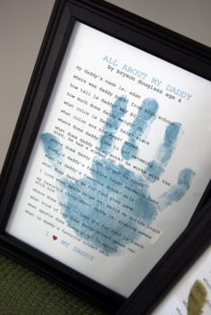 Ask kiddos questions about their dad and type up the answers. Put handprint over text and frame. From Studio 5 - Fun Father's Day Gifts from Kids
