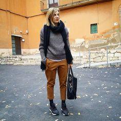 Diumenge.... #moda #tarracostyle #instamodas #troussers #gris #instastyle #oufitoftheday #stretstyle #taccodistante #oufit #fashionbag #cool😎