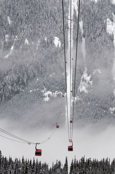 Peak 2 Peak Gondola is a tri-cable gondola lift located in Whistler, British Columbia, photo by Duncan Rawlinson