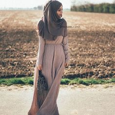 ® __________________ Herkese samimi olan bize soğuk kalsın bi zahmet.✨ Uni Outfits, Casual Dress Outfits, Hijab Outfit, Abaya Fashion, Muslim Fashion, Modest Fashion, Muslimah Clothing, Modele Hijab, Hijab Trends