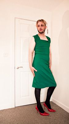 newmalefashion: Catching Up: thMNSTR Guys In Skirts, Boys Wearing Skirts, Men Wearing Dresses, Man Skirt, Dress Skirt, Men In Heels, Androgynous Fashion, Tomboy Fashion, Mens Fashion Wear