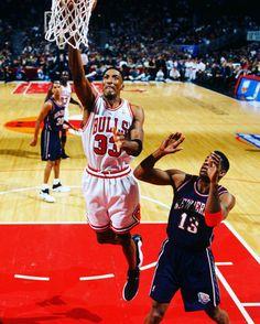 Basketball Players, Basketball Court, Basketball Stuff, Small Forward, Scottie Pippen, Nba Stars, Sports Memes, Nba Champions, Chicago Bulls