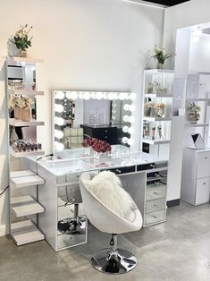 Makeup Vanity Mirror with Lights-Impressions Vanity Glow Pro Makeup Vanity Mirror + SlayStation® Pro Mirrored Tabletop + 5 Drawers Unit Bedroom Decor For Teen Girls, Girl Bedroom Designs, Teen Room Decor, Room Ideas Bedroom, Girl Bedrooms, Beauty Room Decor, Makeup Room Decor, Makeup Vanity Decor, Modern Makeup Vanity