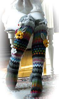 Ankortit: Sukkakavalkaadi Crochet Leg Warmers, Crochet Socks, Knitting Socks, Knit Crochet, Thigh High Socks, Wool Socks, Fair Isle Knitting, Diy Clothes, Ciabatta
