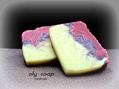 σαπούνι με μπισκότο και πικραμύγδαλο coocie bitter almond soap