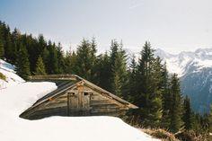 http://cabinporn.com/post/102461511390/chalet-near-sautens-austria-contributed