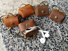 This keychain is the genuine leather size cm. You can request the Alphabet stamp 6 mm Leather Diy Crafts, Leather Gifts, Leather Bags Handmade, Leather Projects, Leather Pouch, Leather Craft, Leather Accessories, Handmade Accessories, Leather Jewelry