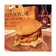northernfoodie#northernfoodieberlin: Good morning Sunday and Grindhouse Burgers Classic Cheese 🍔 Pair it with their Oreo milkshake and your hangover is cured 👌🏻#berlin #berlinfood #brlnfood #burger #hamburger #cheeseburger #oreo #milkshake #sunday #morning #wknd #weekend #hangover #grindhouseburgers #grindhouseburger #fun #fresh #food #foodie #northernfoodie #foodporn @northernfoodie på Instagram • 29 gilla-markeringar