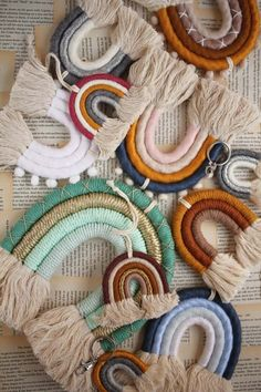I would like to share these gorgeous hand wrapped rainbow wall hangings that make a lovely decor in a nursery or kid's room. Yarn Crafts, Diy Crafts, Christmas Accessories, Rainbow Wall, Macrame Design, Macrame Projects, Macrame Patterns, Fiber Art, Wall Hangings