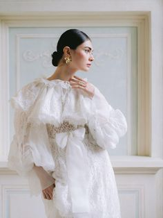 Asian Wedding Dress, Wedding Dresses 2018, Elegant Wedding Dress, Bridal Dresses, Bridal Poses, Bridal Photoshoot, Bridal Boudoir, White Fashion, Look Fashion