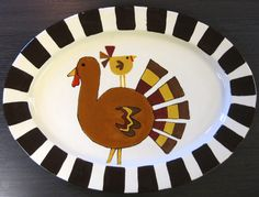 Glazing and painting on ceramic plates and firing them in the kiln is a fun activity for kids and adults alike. Hand Painted Pottery, Pottery Painting, Hand Painted Ceramics, Ceramic Painting, Diy Painting, Ceramic Art, Fall Crafts, Holiday Crafts, Holiday Fun