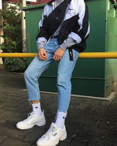Korean Fashion Trends you can Steal – Designer Fashion Tips Retro Outfits, Mode Outfits, Outfits For Teens, Vintage Outfits, Casual Outfits, School Outfits, Summer Outfits, Grunge Outfits, Fashion Vintage
