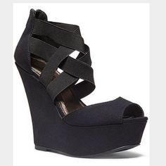 Madden Girl Woops Wedges
