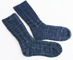 Happy Mens Socks - Free Loom Knitting Pattern