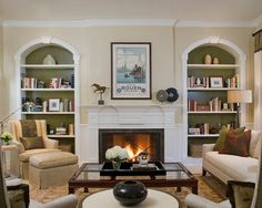 Colonial Revival   Traditional   Living Room   Los Angeles   By Annette  English