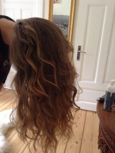 #hairstyle #curls #babyliss ❤️ Curls, Hairstyle, Long Hair Styles, Beauty, Roller Curls, Hair Job, Beleza, Hair Style, Long Hair Hairdos