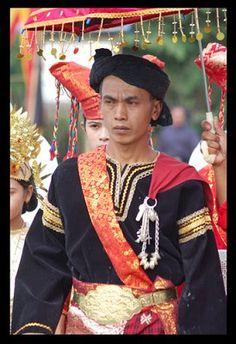 Pakaian Penghulu Minangkabau