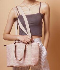 Straw Handbags, How To Make Handbags, Bucket Bag, Fabric, Look, Women, Fashion, Tejido, Tela
