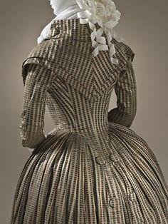 Czas na redingote? Time for redingote? 18th Century Dress, 18th Century Costume, 18th Century Clothing, 18th Century Fashion, 16th Century, New Designer Dresses, Retro Mode, Mode Inspiration, European Fashion