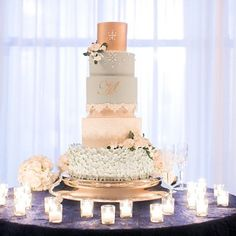 Beautiful Gold And Blue 5 Tiered Wedding Cake Arte De Vie Photography New Orleans