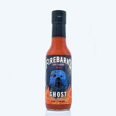 Firebarns Ghost                                              -Échelle de piquant Firebarns : 8/10                -Sauce parfaite pour les amateurs de piquant. Faite avec un un mélange de Ghost Pepper et de Habanero, Whisky et Sirop d'érable! Hot Sauce Bottles, Vodka Bottle, Whisky, Sauces, Pepper, Drinks, Hot Sauce, Chicken Wings, Products