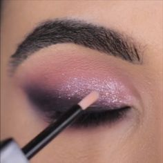 Beautiful Sparkly Makeup - Make-Up Makeup Eye Looks, Eye Makeup Steps, Beautiful Eye Makeup, Cute Makeup, Eyebrow Makeup, Skin Makeup, Eyeshadow Makeup, Easy Makeup, Bright Eyeshadow
