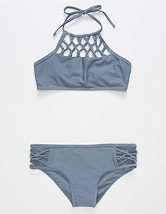 Shop trendy fashion swimwear online, you can get sexy bikinis, swimsuits & bathing suits for women on ZAFUL. Kids Bathing Suits, Kids Suits, 2 Piece Swimsuits, Cute Swimsuits, Halter Top Swimsuits, The Bikini, Bikini Girls, Halter Bikini, Halter Tops