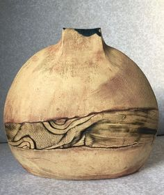 BERNARD - LARGE STUDIO VASE WITH SGRAFFITO DECORATION Well marked | 1995 Europe | @Catawiki online Auctions